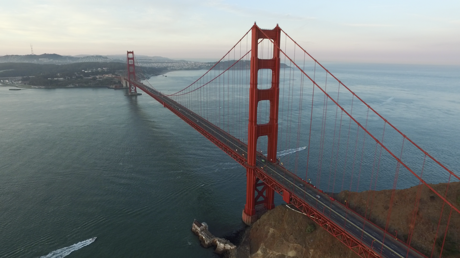 golden gate bridge aerial shot